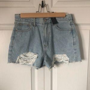 A/E Mom shorts